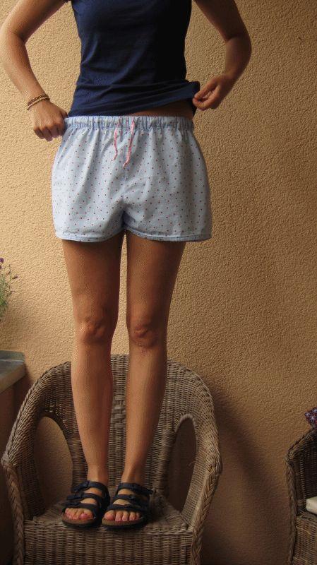 pyjama shorty / PJ Shorts, pattern: Ottobre 05/2011, fabric: IKEA Rosali collection, light blue with red polkadots