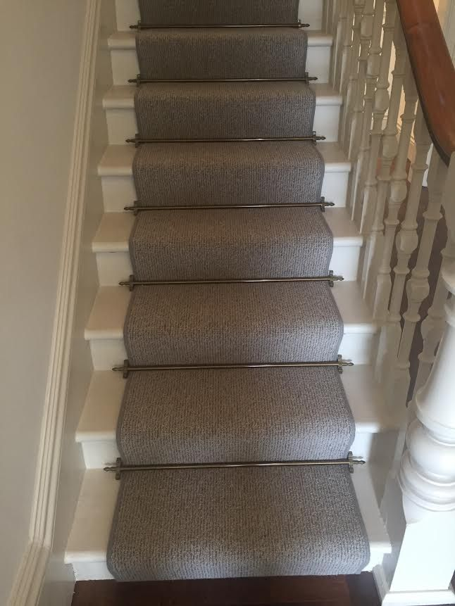 Telenzo wool carpet collaborated with some Pewter Stair rods to give this house a classical finish. What a fantastic finish by our fitters here at Global Flooring.