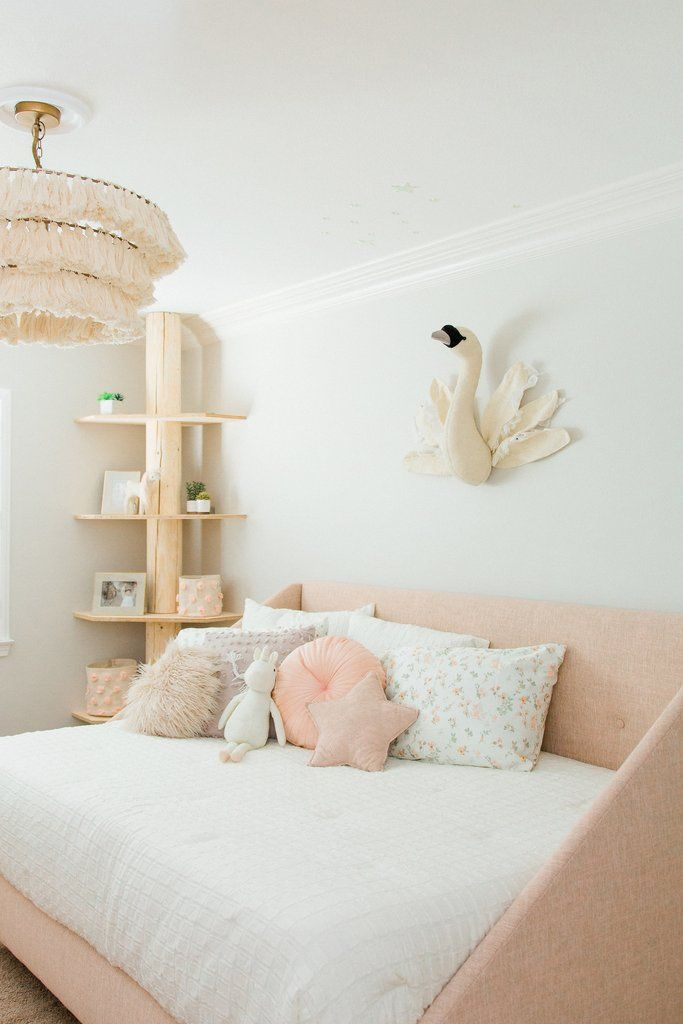Savvy Giving Ansley S Room Rylee Cru 10 Year Old Girls Room Girls Room Decor Ikea Girls Room