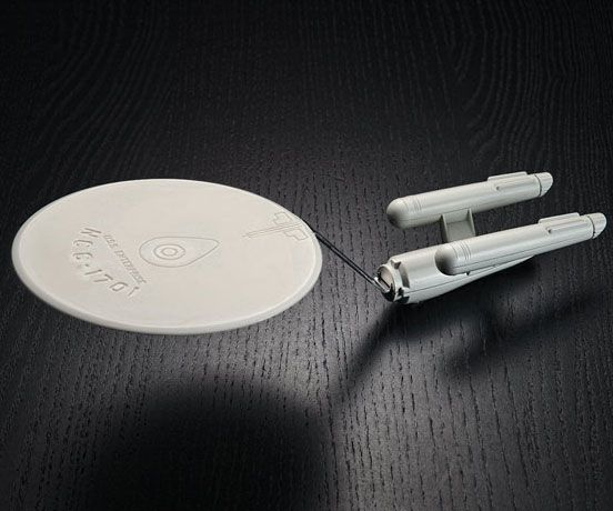 Starship Enterprise Spatula - https://interwebs.store/starship-enterprise-spatula/ #StarTrek