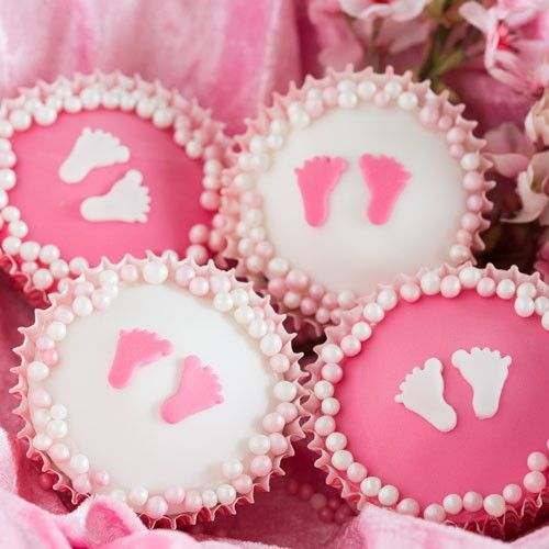 Recept: Cupcakes Baby Girl - Cupcakes - Recepten  | Deleukstetaartenshop.nl | Deleukstetaartenshop.nl