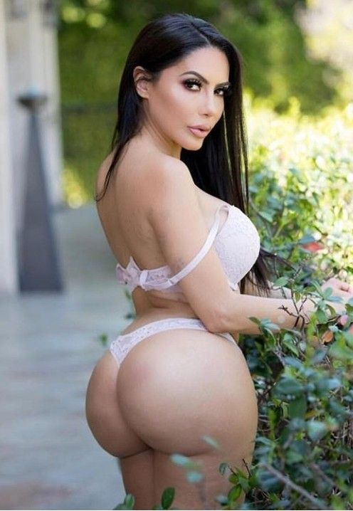 Layla Rivera From Inthecrack