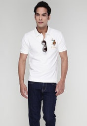 Off-White coloured polo T-shirt for men from US Polo Assn. Made of 100% cotton, it has half sleeves and a polo neck.