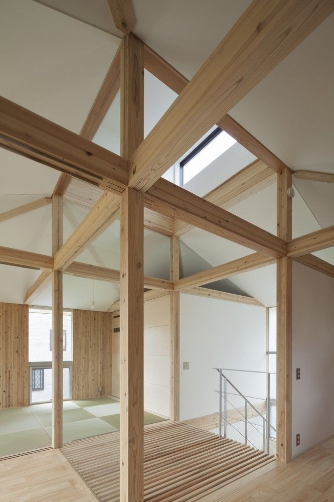 Hybrid Wooden House / Architecture Studio Nolla
