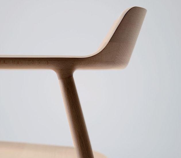 naoto fukasawa  Appears to be as stool, turned legs and stack laminated seat. I love the thin edges, and how the leg transitions into the seat pan. The stack lamination makes up the lumbar support nicely.