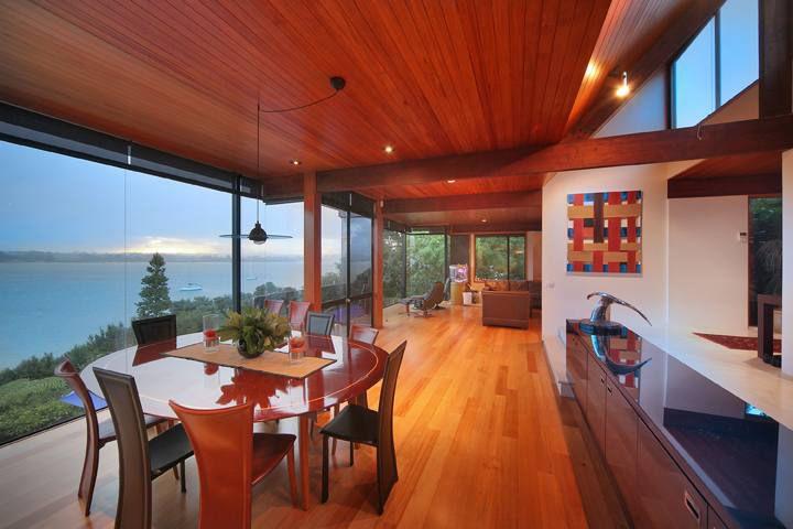 Birkenhead House, dinning area with breath taking sea views.