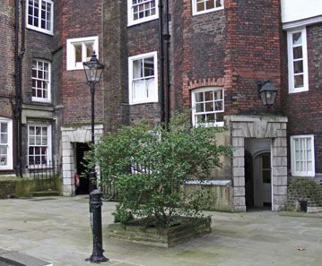 Inns of Court walk - An old court from Lincoln's Inn.