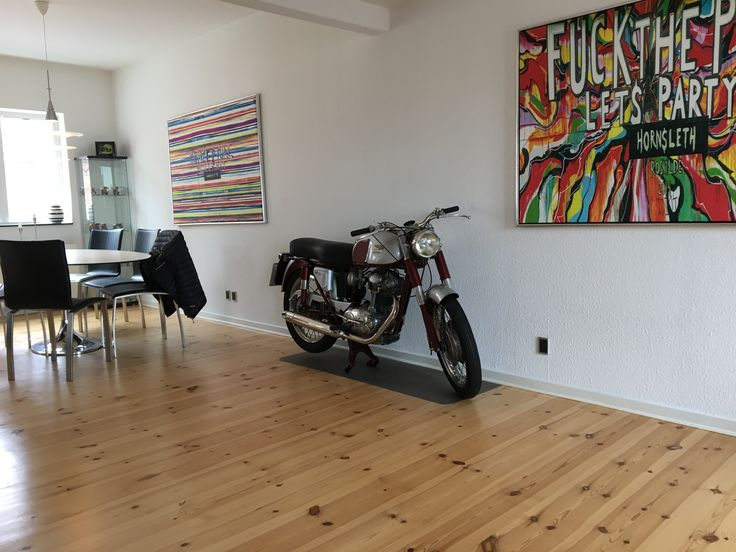 Ducati 175 TS, now spending its life at 4.floor - in my living room <3