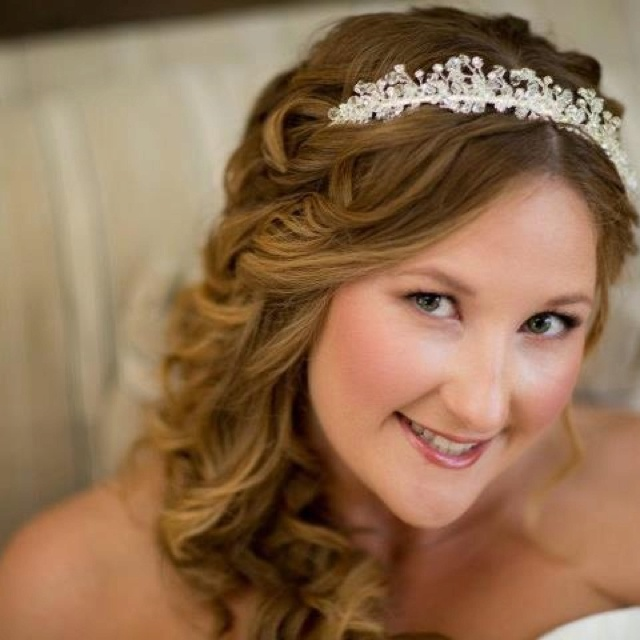Curly wedding hair with tiara