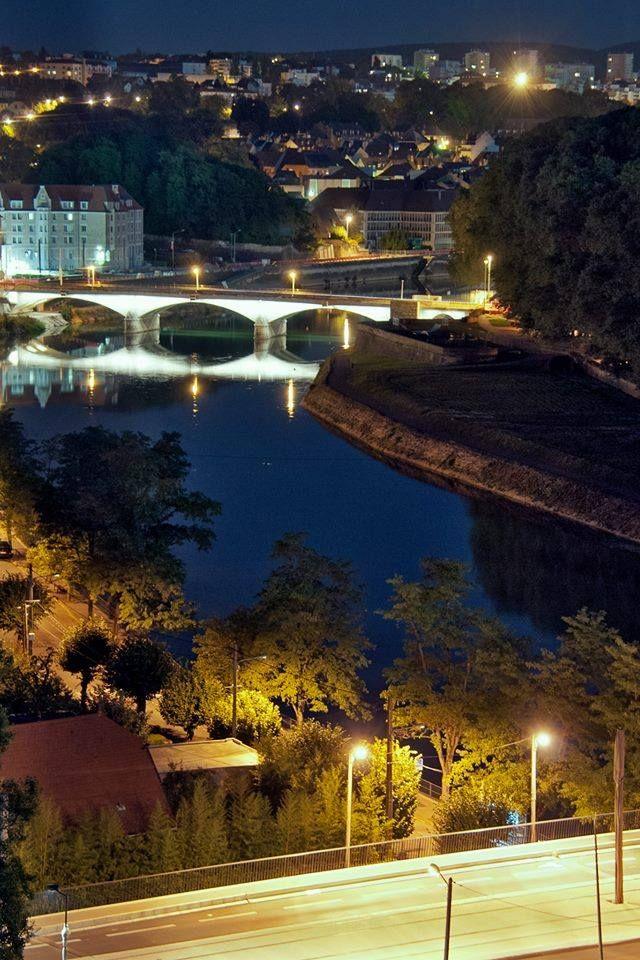 Besançon la nuit