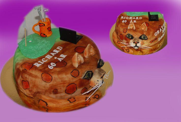 Personlig design. Jeg lager kaker ut i fra hva jublianten har av interesser, Her fikk jeg en som hadde nettop kjøpt seg bengal katt og var veldig opptatt av de, sammtidig likte han å spille golf og sitte på pc. Kunden vill gjerne at jeg skulle ha med disse tre temaene med vekt på katten. Kan lages både som sjokoladekake og marsipanbløtkake. Ta kontakt for mer info på post@bellakaker.no eller ta en titt på websiden min www.bellakaker.no