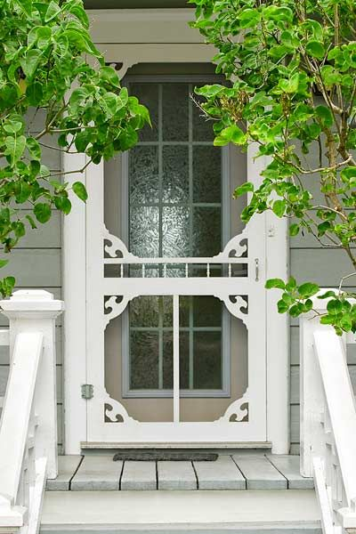 How to trim out a standard home center screen door with stock pieces from a woodworking-supply shop to add vintage charm. | Photo: Michael Westhoff/Getty Images | thisoldhouse.comOld House, Farmhouse Screens Doors, Front Doors Screens, Screendoors, Vintage Charms, Cottages Screens Porches, Cottages Screens Doors, Vintage Screens Doors, Screen Doors