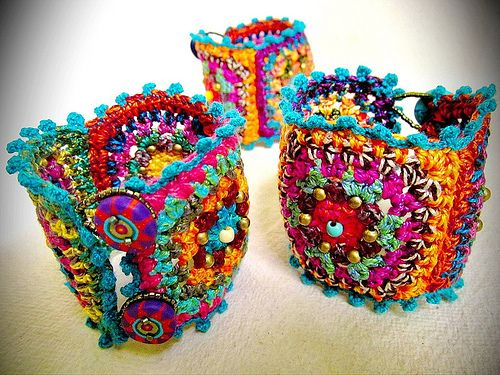 ~ Granny squar Chic , Crochet Bracelet ~