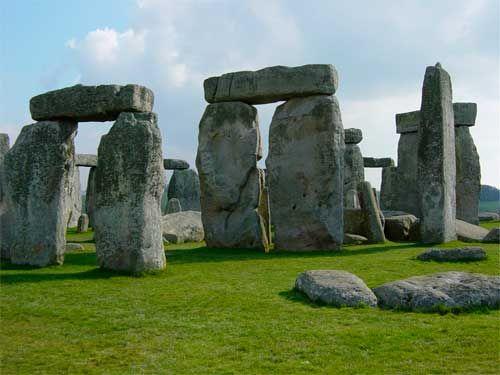 Los celtas eran un grupo de pueblos de habla y cultura celtas de la edad del hierro, siglo XII AC. La misma época de la guerra de Troya descrita por Homero en el siglo VIII AC. No sé sabe cuándo apareció la religión, pero los expertos creen que entre 70000 y 30000 años antes de …
