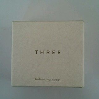 THREE(スリー)のTHREE 洗顔石鹸 コスメ/美容のスキンケア/基礎化粧品(洗顔料)の商品写真