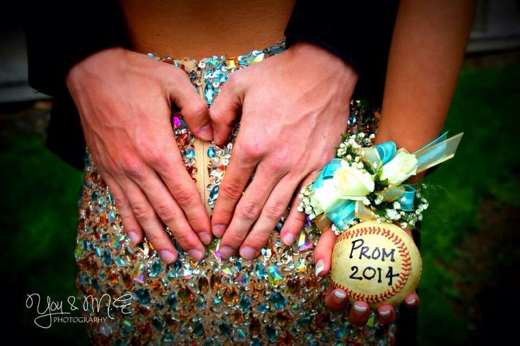 Couples Prom Photography - heart - love - baseball