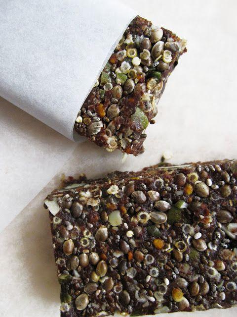 barres énergétiques cacao chanvre coco dattes courge pollen chia