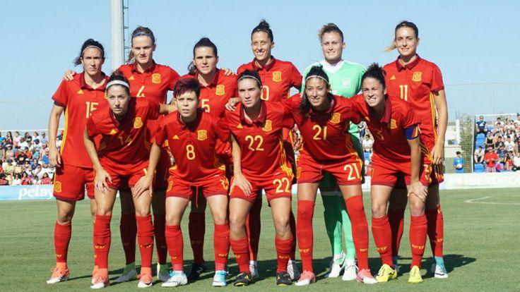 Fútbol Femenino: España se da un baño de confianza frente a Bélgica antes de la Eurocopa | Marca.com http://www.marca.com/futbol/futbol-femenino/2017/06/30/595672a522601d436f8b45fd.html