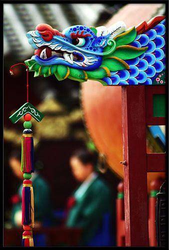 Korean Suwon's citizen festival. Edge of a drum Suwon