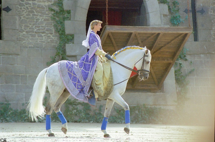 Puy du Fou par Alain Chantelat -www.puydufou.com #PuyduFou #Cheval #horse #Spectacle #show #cavaliere