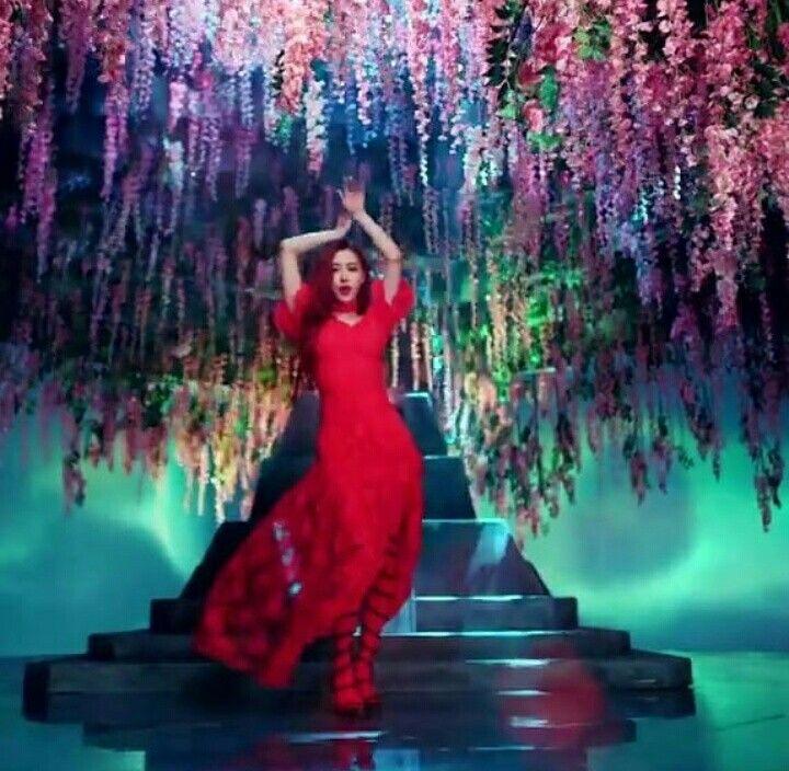 Beauty Rose Blackpink Ddu Du Ddu Du Mv Blackpink Blackpink