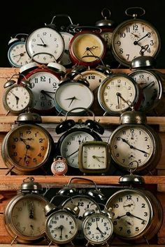 Old clocks and globes tend to be the most in-demand items at flea markets and yard sales! And know this: Experts say it doesn't ... pinned with Pinvolve - pinvolve.co