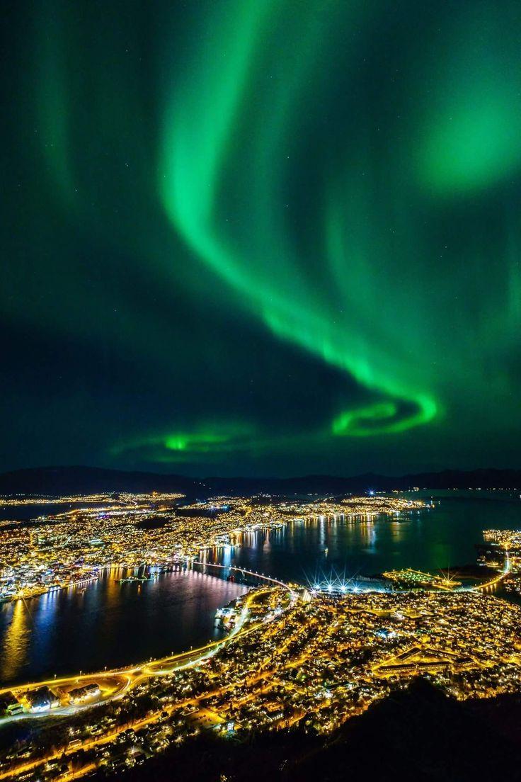 Tromsø by polar-night/ Foto/Vegard Stien/Tromsolove