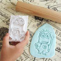 "Cookie cutter ""Stamp Minion"" 8 cm"