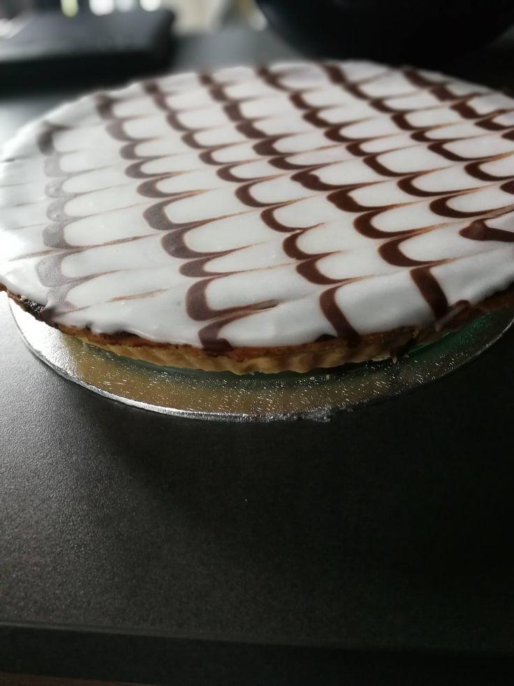 [Homemade] Cherry Bakewell Tart