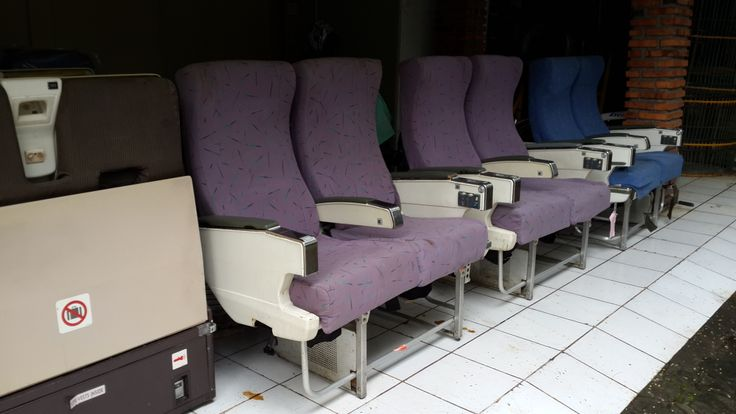 Economy Class (2 table Front&Rear)