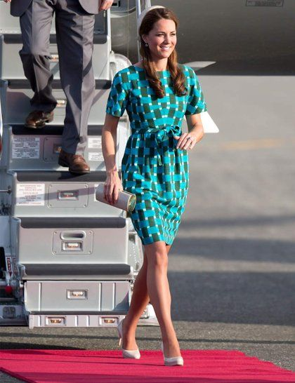 Kate Middleton wearing a Jonathan Saunders dress and Jane Taylor hat during the Diamond Jubilee tour in Asia