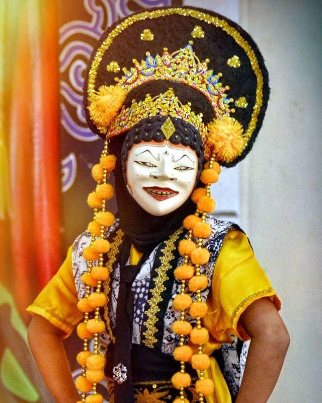 Tari Topeng Samba Cirebon Samba Berasal Dari Kata Sambang Atau Saban Yg Artinya Setiap Maknanya Bahwa Kita Semua Diwajibkan Utk Menjalan Topeng Samba Blogger