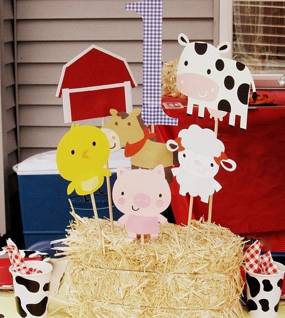 barnyard theme center piece- @April Brooks for Kathy?