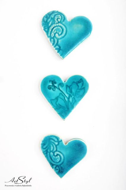Magnesy: turkusowe serca z reliefem ------  Magnets: Turquoise heart with relief