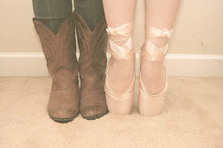 Best friend picture idea, but with heels instead of the ballet shoes and cowboy boots into tennis shoes