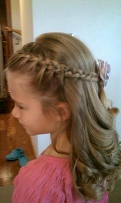 Peinados para niñas para eventos especiales                                                                                                                                                                                 Más