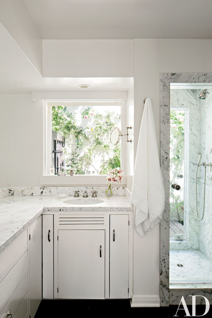 Hollywood hills master bathroom design project the design - A Dated 1950s Hollywood Hills Home Becomes A Refined And Light Filled Residence