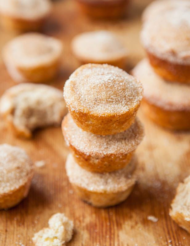 Fluffy Vegan Coconut Oil Banana Muffins & Mini Muffins - Fast, easy, soft, healthy & taste like cinnamon-sugar mini donuts! averiecooks.com