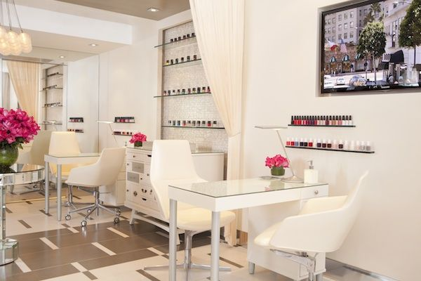 Clean/Chic Nail Area/Shelves