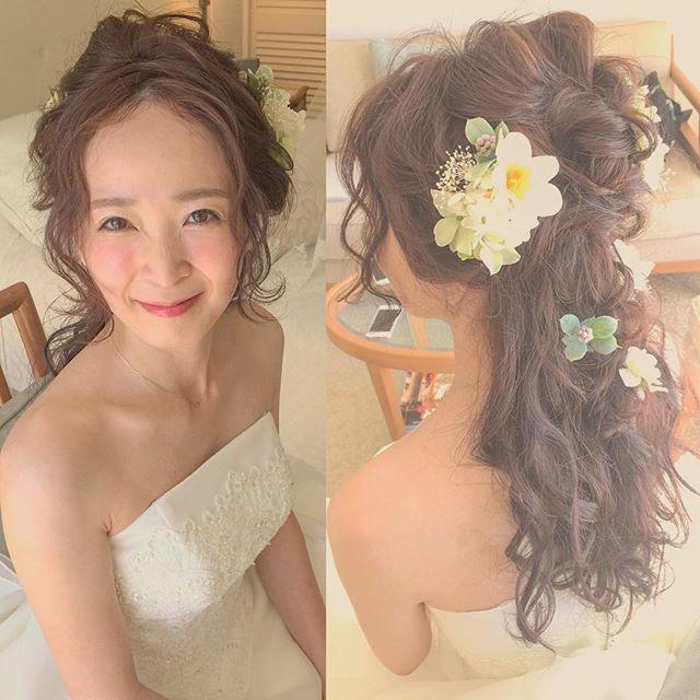 WEBSTA @ kumiko_makeup_hi - Today's brideお嫁さまの雰囲気に合わせてエアリーに抜け感を出してお作りしました#kumikoprecious #hawaii #hawaiiwedding #wedding #weddinghair #bride #hair #hairmake #hairstyle #hairarrange #loose #halfup #ハワイ #ハワイ挙式 #ハワイウェディング #ウェディング #結婚式 #花嫁 #プレ花嫁 #おしゃれ花嫁 #ヘアメイク #ヘアスタイル #ヘアアレンジ #ルーズ #ハーフアップ #波ウェーブ #コテ巻き #エアリー #ゆるふわ #赤リップ