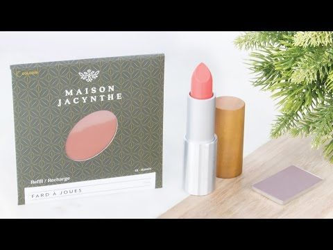 Maquillage naturel Maison Jacynthe - Fard à paupières, fard à joues (blush) et rouge à lèvres #beauté #maquillage #makeup #naturel #greenbeauty #yeux #teint #lèvres #fardàpaupières #fardàjoues #blush #rougeàlèvres #corail #MaisonJacynthe #JacyntheRené #revue #avis #swatch #blog #blogbeauté #blogeusebeauté #beauty #beautyblog #bblog #beautyblogger #bblogger #bbloggers #bblogersca #mtlblogger #beautyguru #makeupaddict #YouTube #vidéo https://www.youtube.com/watch?v=QIgYUmKQe44