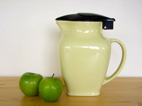 Vintage Ceramic Fowler Ware Electric Jug/Kettle - Lemon Cream and Black, Australian