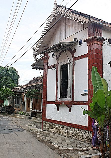 traditional house with colonial architecture @ Kamuan Village