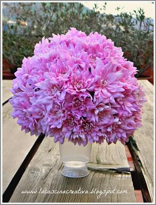 la cascina creativa: Sfera di fiori centrotavola