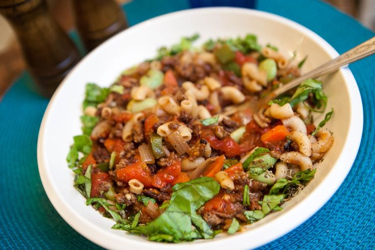American chop suey, with roots in New England, bears no resemblance to the chop suey found in Chinese restaurants. American chop suey contains tomatoes, gr