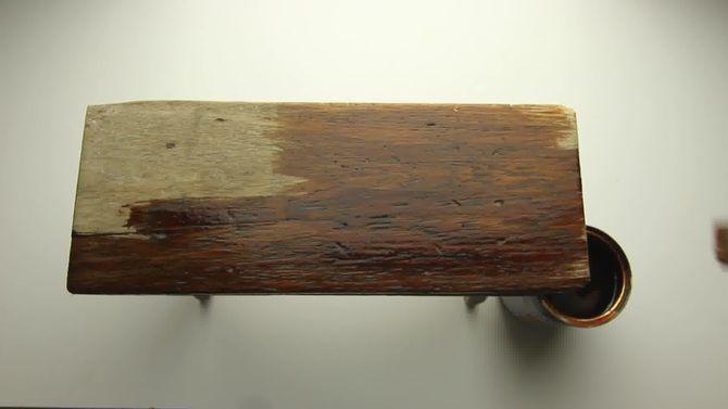 Escurecendo madeira com vinagre e chá