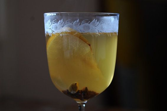 mulled wine with pear brandy - on my to do list, for my quince eau de vie