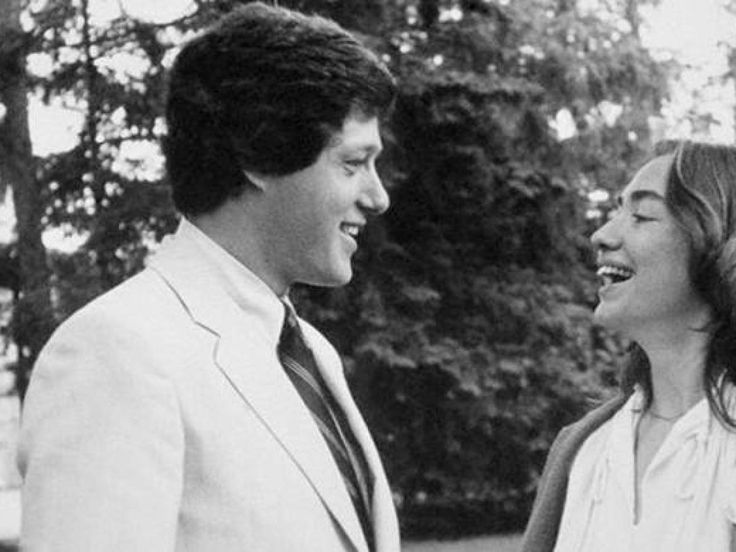 20 Photos Of Young Bill & Hillary Clinton | Liberal Lovebirds
