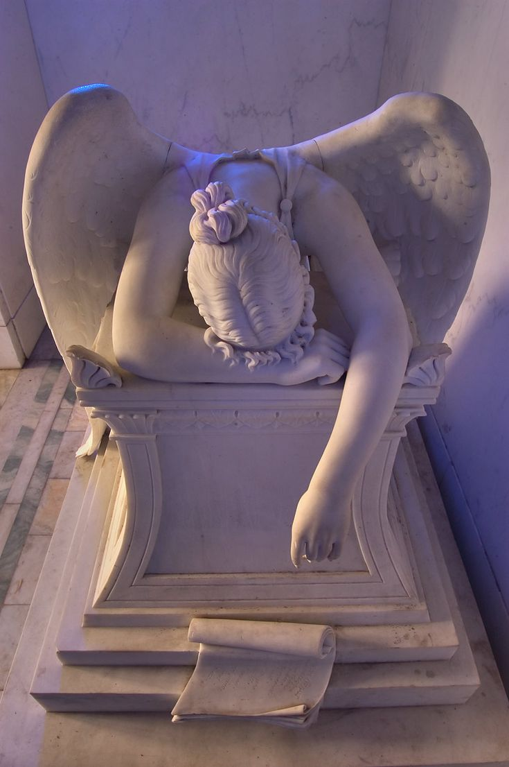 New Orleans cemetery angels -