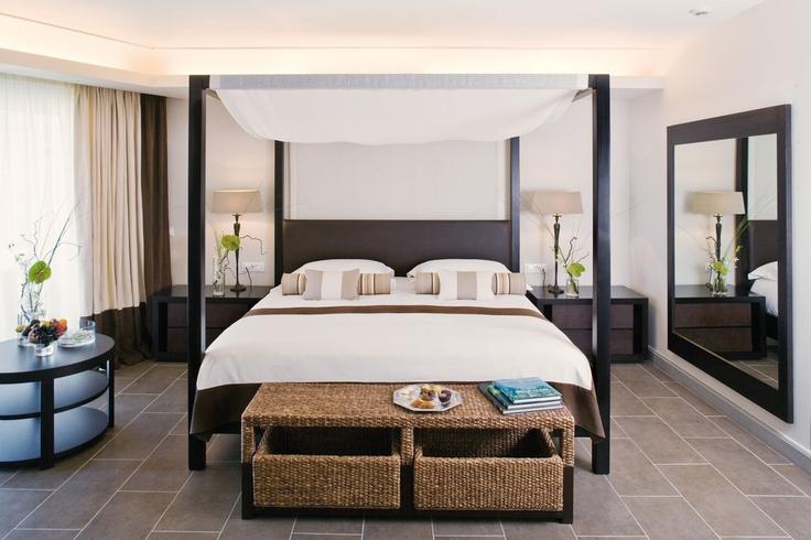 curtains,bedcovers,hotel CANDIA MARIS KRETA greece